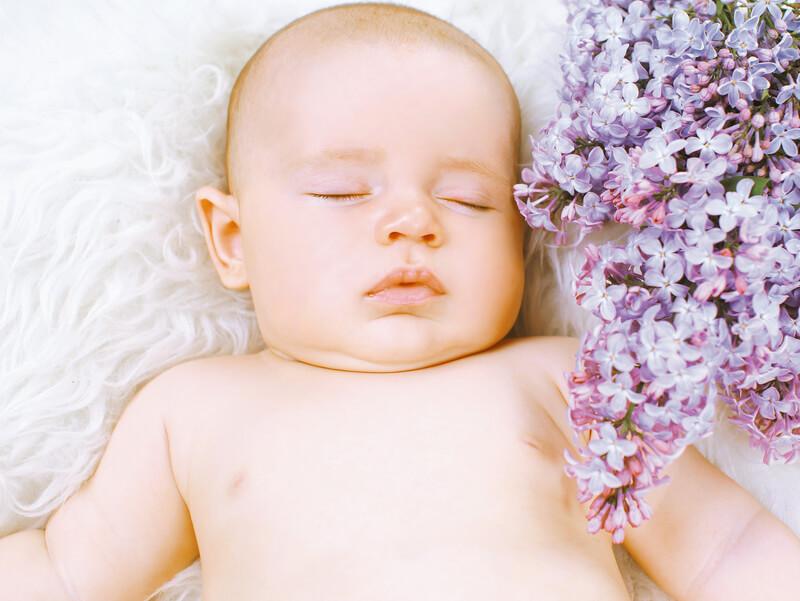 Zo slaapt je baby goed in de zomer